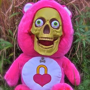 Evil Skull Care Secret Bear Pink With Lock Heart